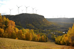 LochNorth-w-turbine